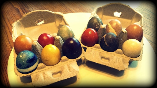 naturally dyed eggs 2